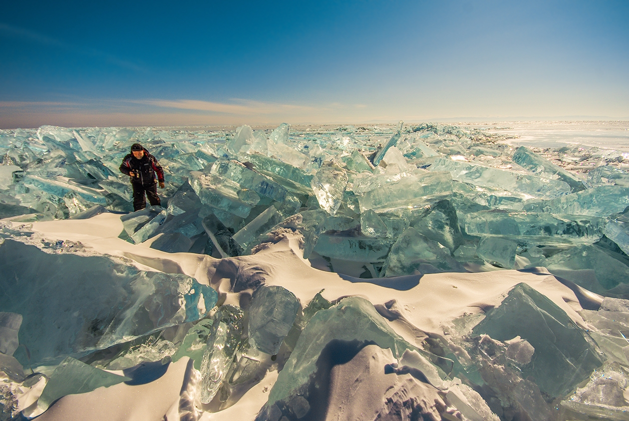 Icy wonders of lake Baikal 17