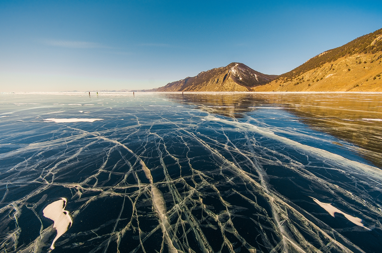 Icy wonders of lake Baikal 19