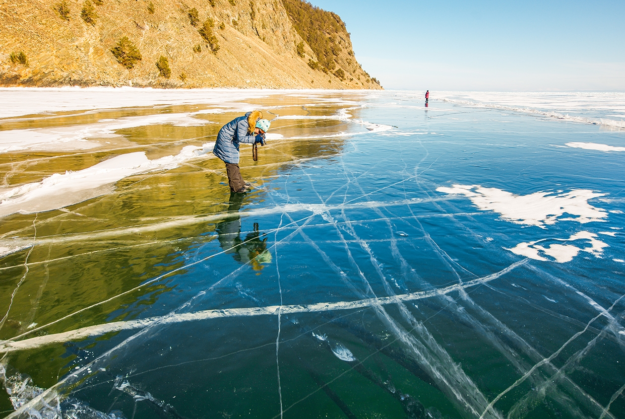 Icy wonders of lake Baikal 25