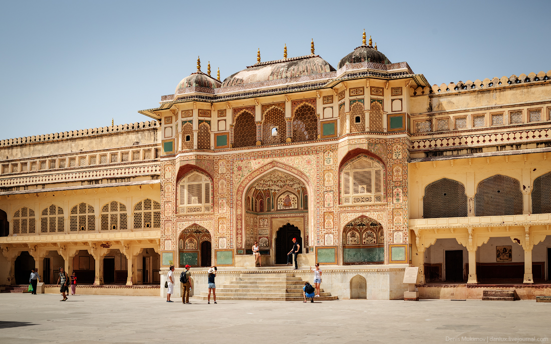 Jaipur. The palaces and FORTS 05
