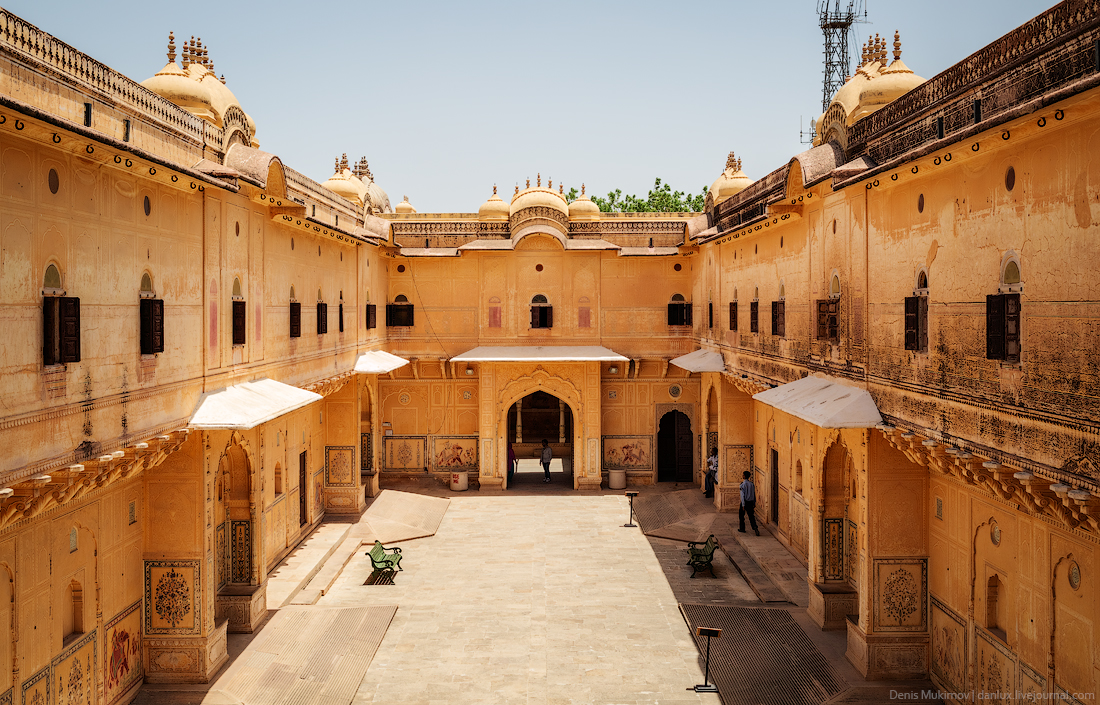 Jaipur. The palaces and FORTS 14