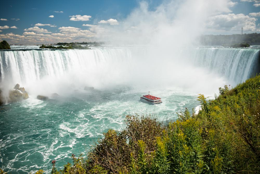 Ниагарский водопад и его окрестности