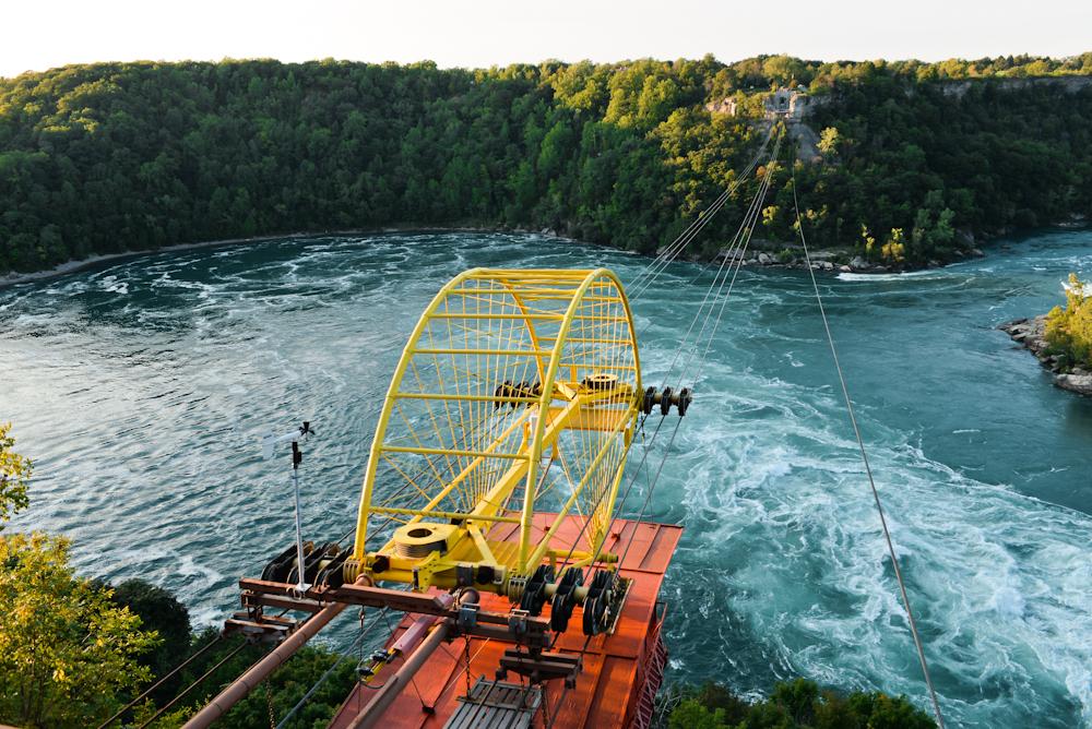 Niagara falls and its surroundings 26