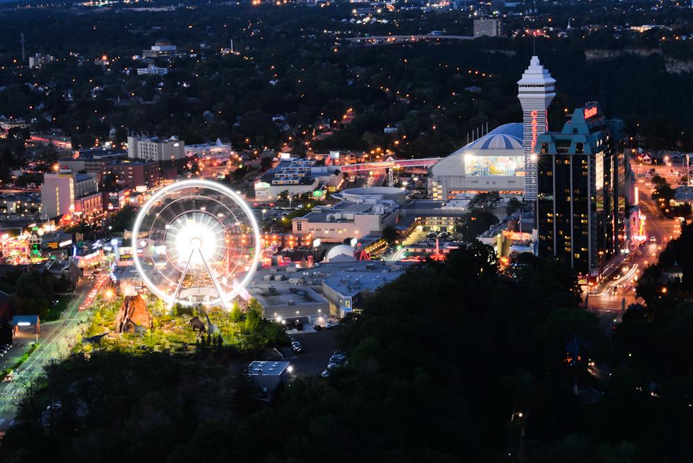 Niagara falls and its surroundings 31