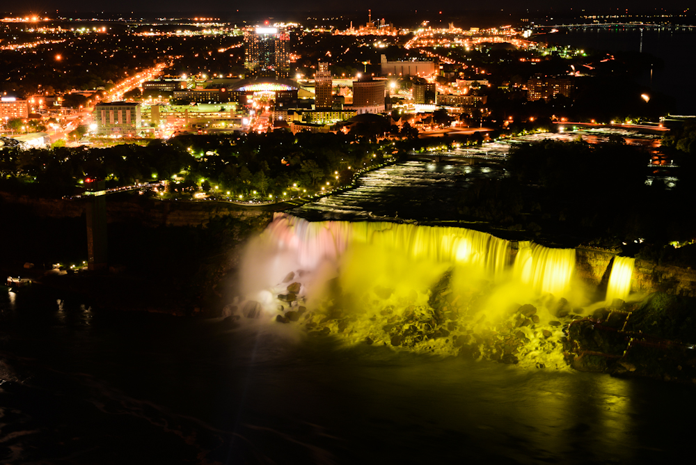 Niagara falls and its surroundings 34