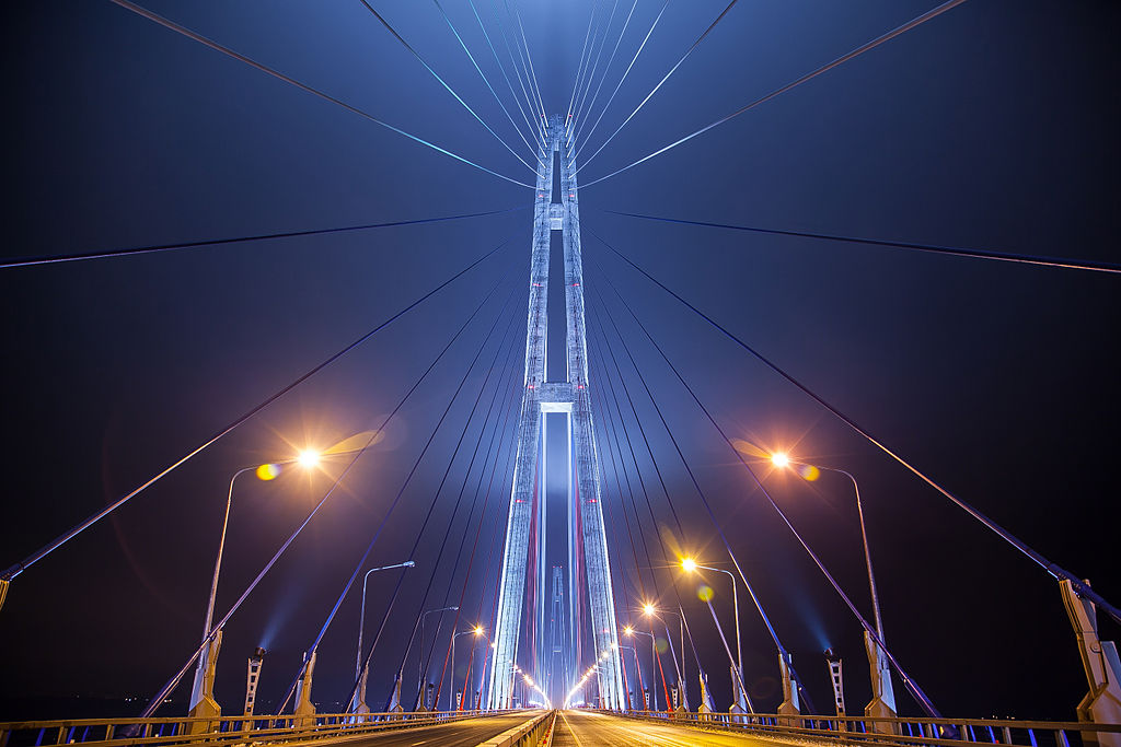 Russian_bridge-_in_Vladivostok 03