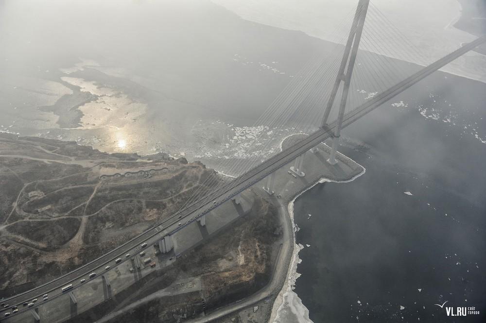 Russian_bridge-_in_Vladivostok 10