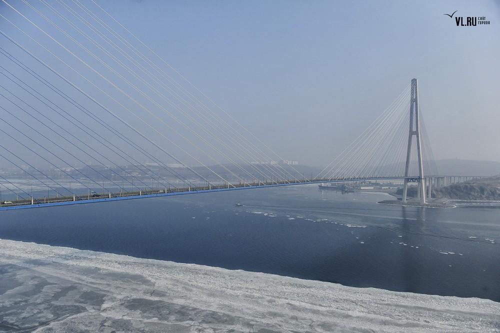 Russian_bridge-_in_Vladivostok 13