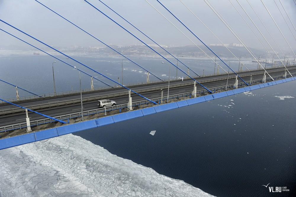Russian_bridge-_in_Vladivostok 14
