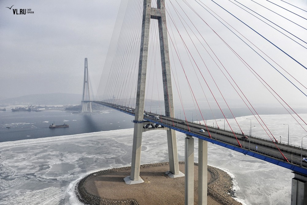 Russian_bridge-_in_Vladivostok 15