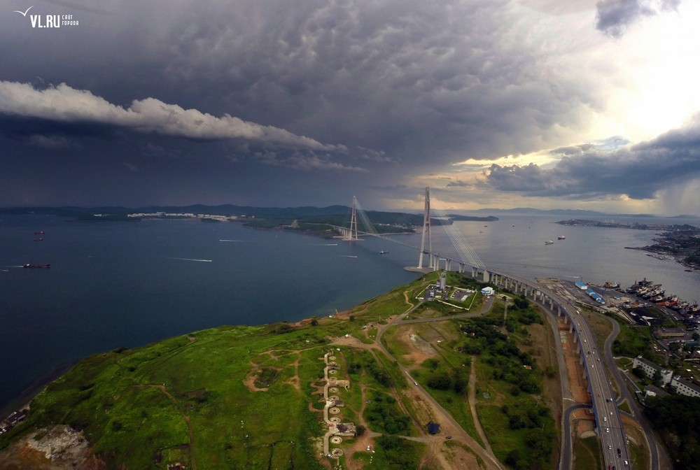 Russian_bridge-_in_Vladivostok 24
