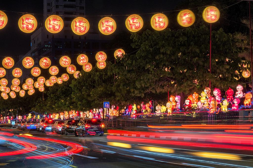 Singapore's Chinatown prepares for Chinese New Year 07