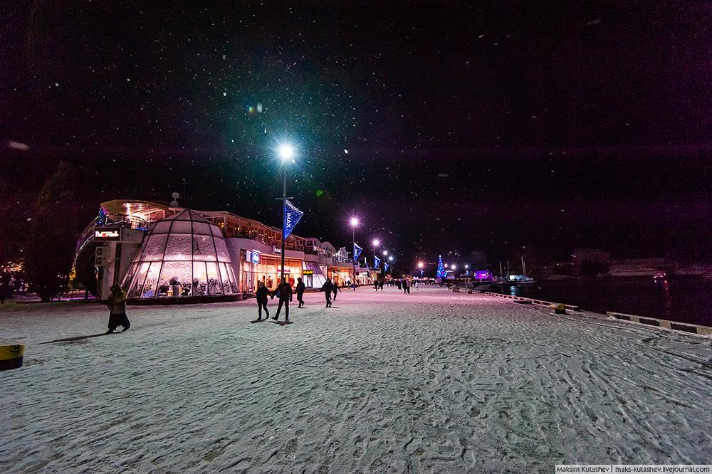 Snowy Yalta 04