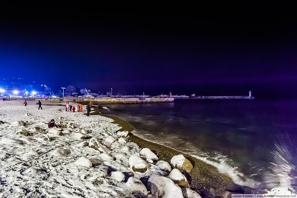 Snowy Yalta 07
