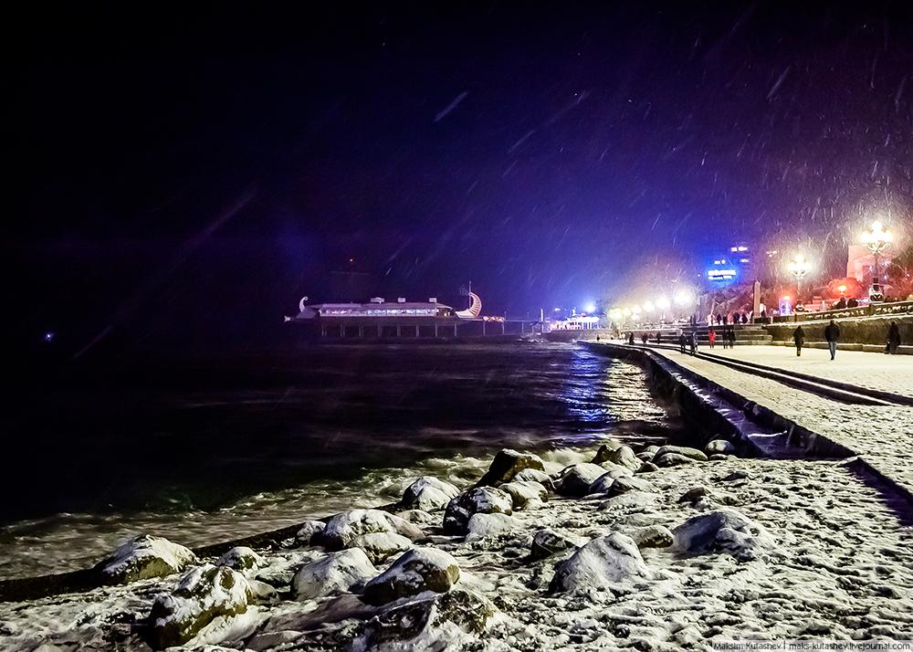 Snowy Yalta 14