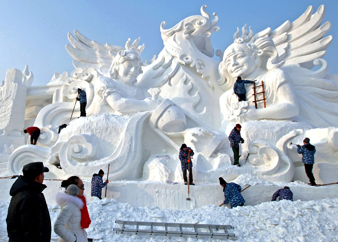 The 2016 Harbin Ice and Snow Festival 03