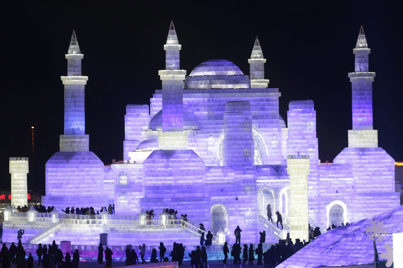 The 2016 Harbin Ice and Snow Festival 12