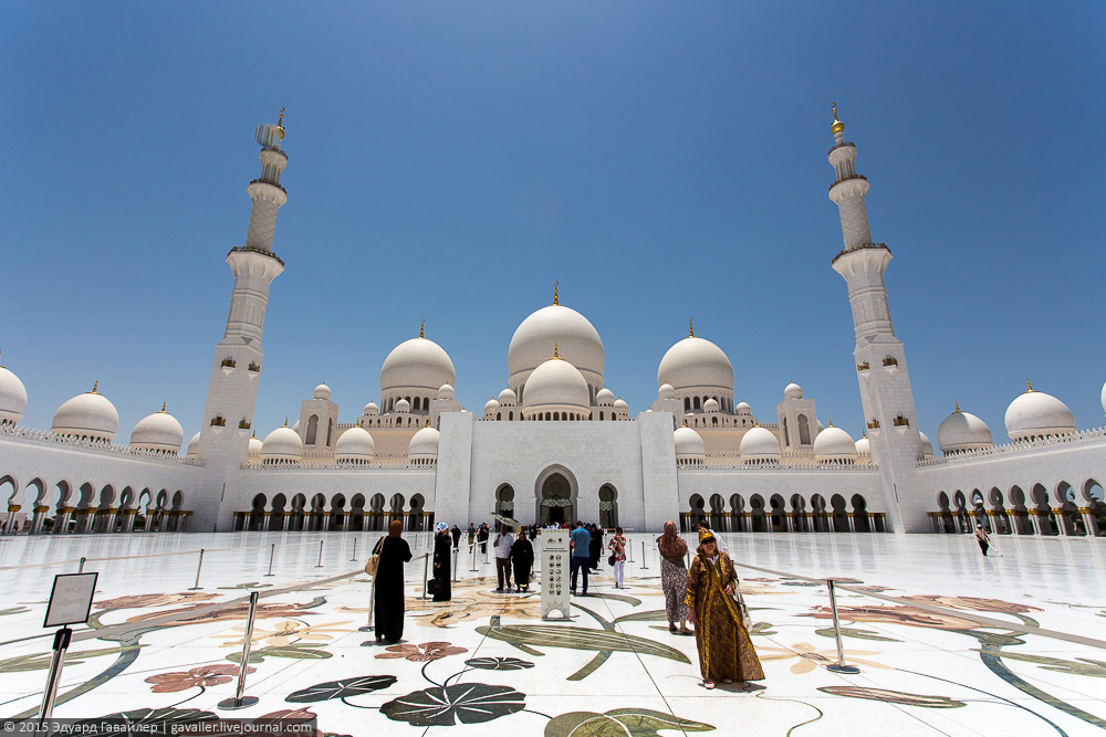 The most beautiful mosque in the world 14