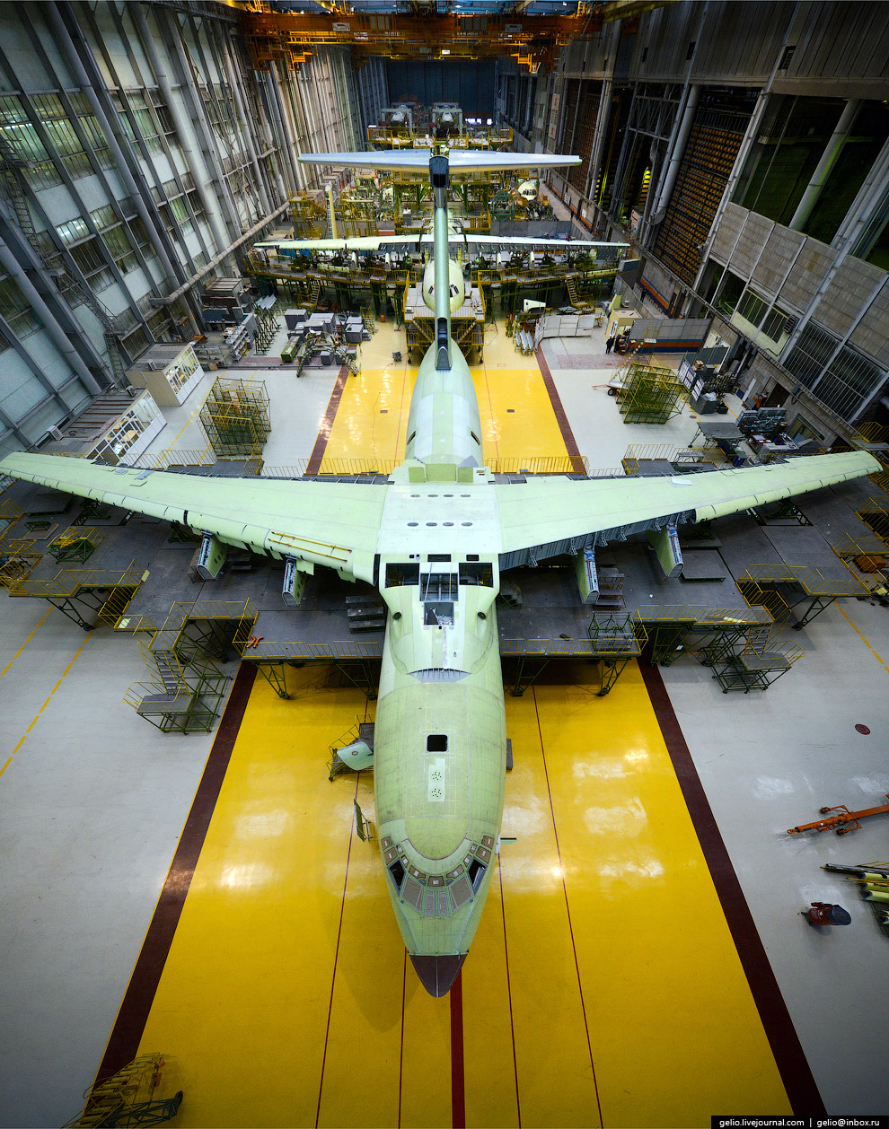 The production of Il-76 and Tu-204 at the plant Aviastar-SP 14