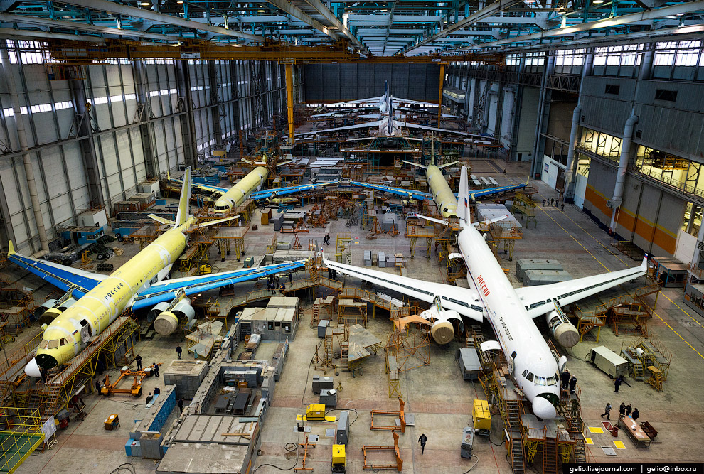 The production of Il-76 and Tu-204 at the plant Aviastar-SP 17