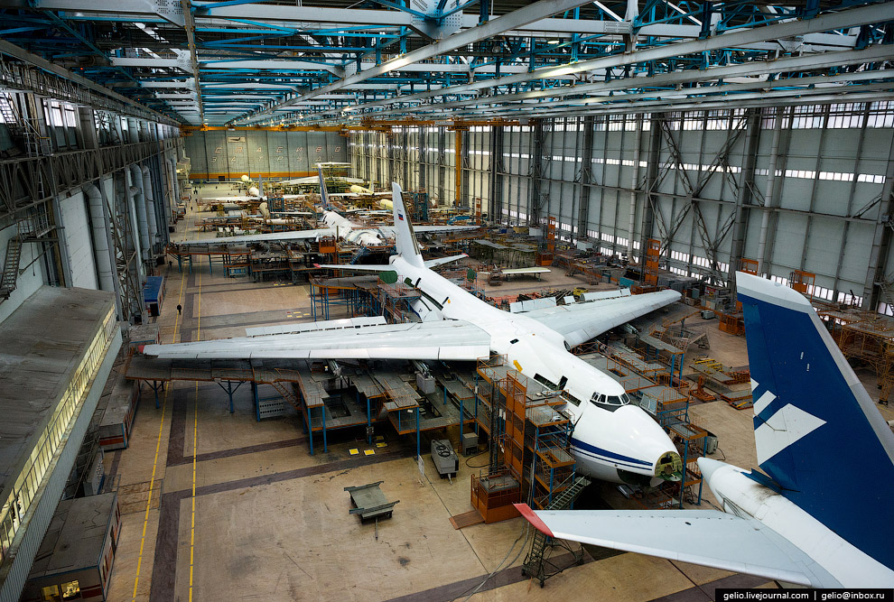 The production of Il-76 and Tu-204 at the plant Aviastar-SP 29