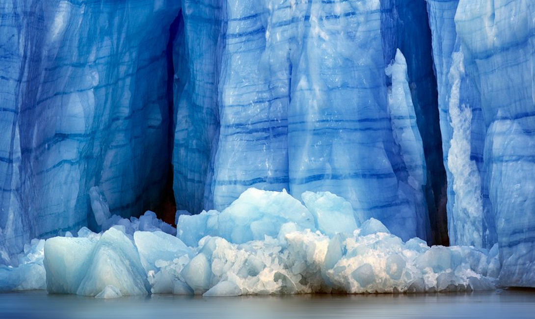 The selection of the most beautiful frozen lakes of our planet 06