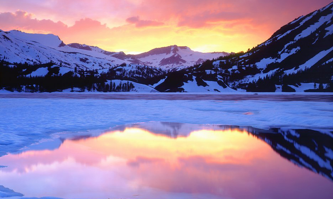 The selection of the most beautiful frozen lakes of our planet 10