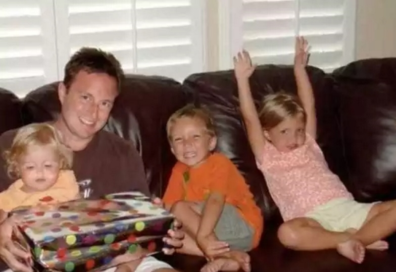 They have lost three children... But six months later fate made them a wonderful present 04