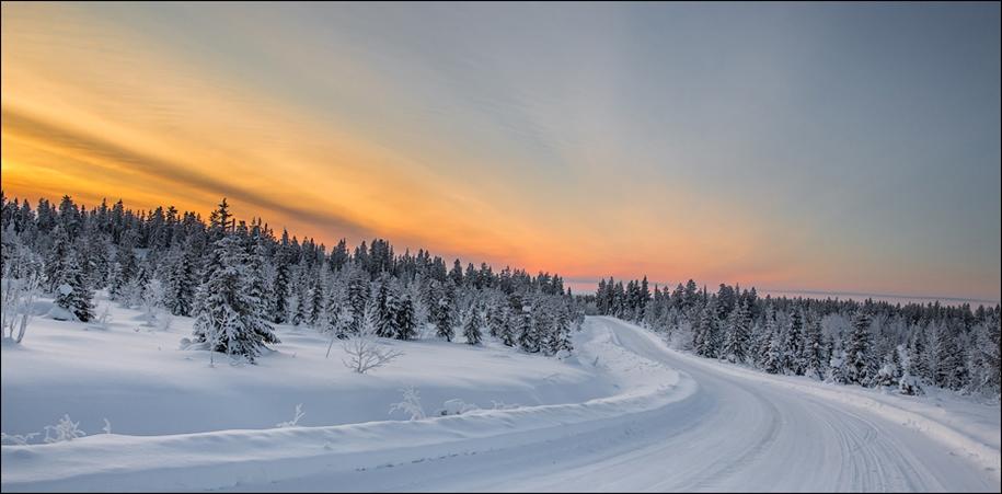 Winter roads in Finland 06