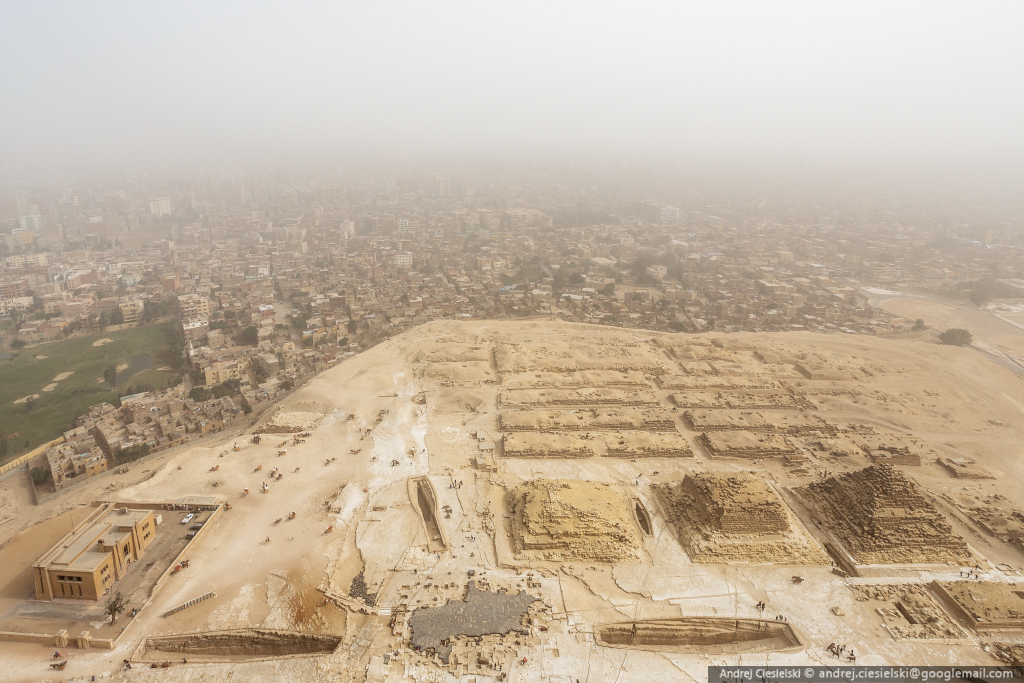 18-year-old Andrew Ciesielski climbed to the top of the pyramid at Giza 09