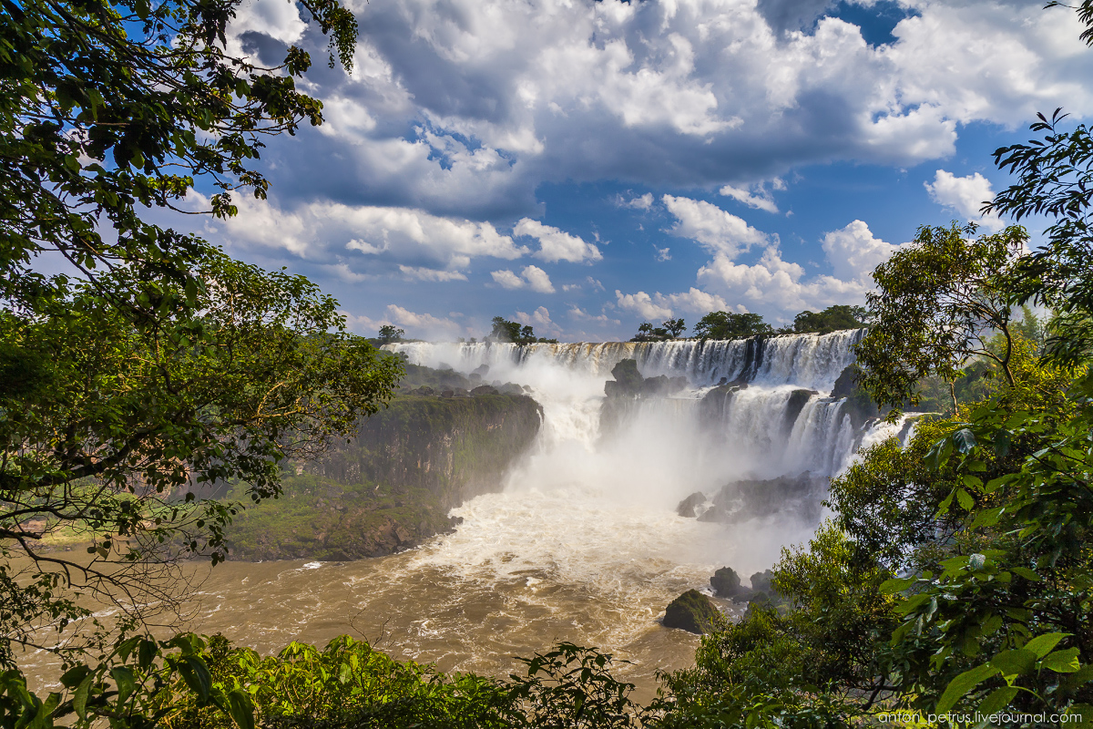 Big water - Iguazu falls 10