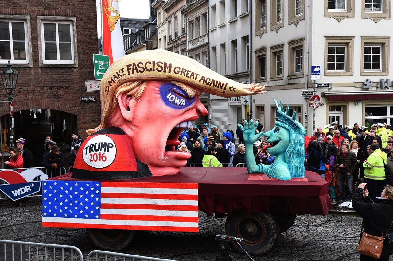 Carnival 2016 Around the World 05