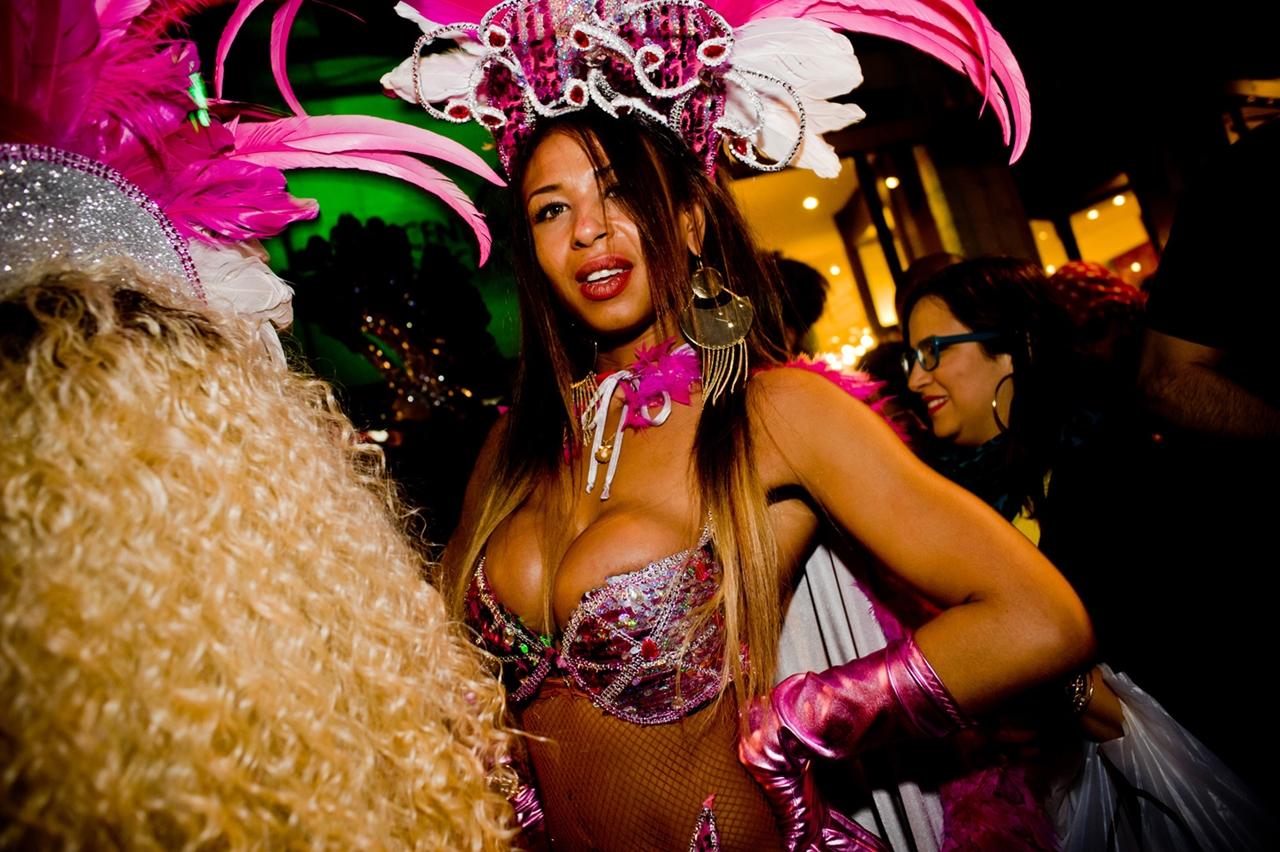 Carnival 2016 Around the World 07