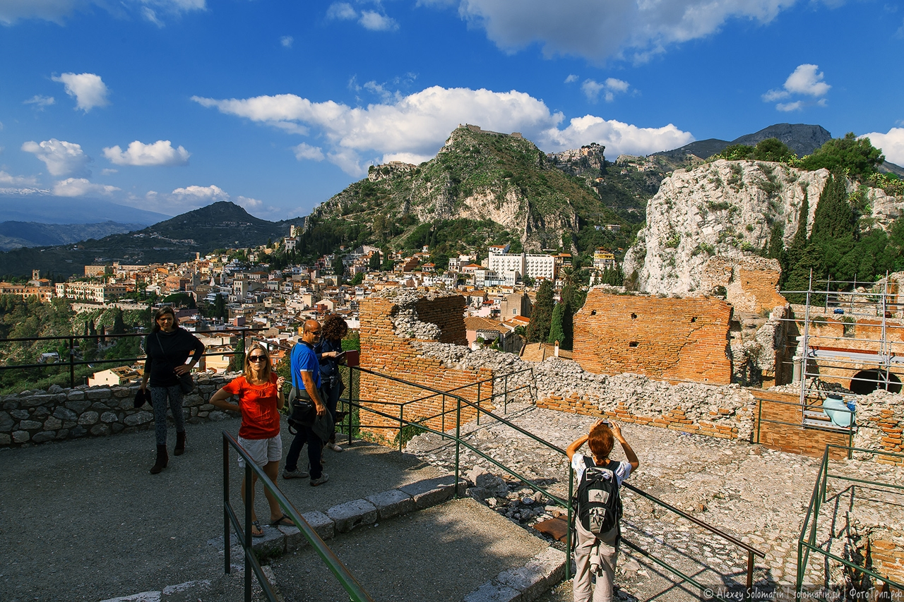 Greek theatre in Taormina 13