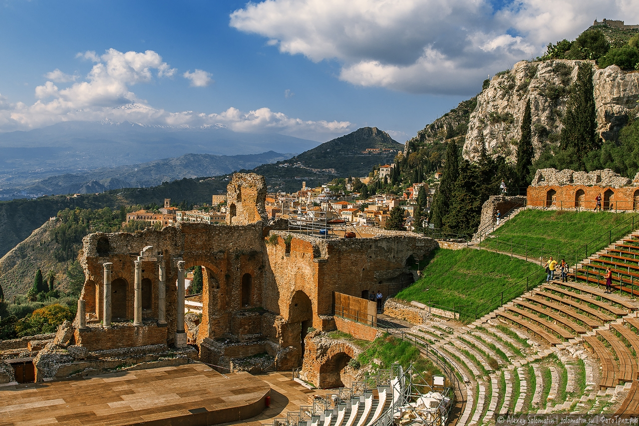 Greek theatre in Taormina 20