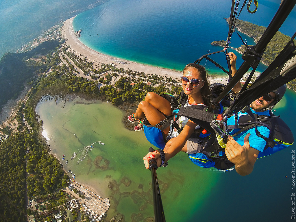 Paragliding in Oludeniz. Extreme available to everyone 31