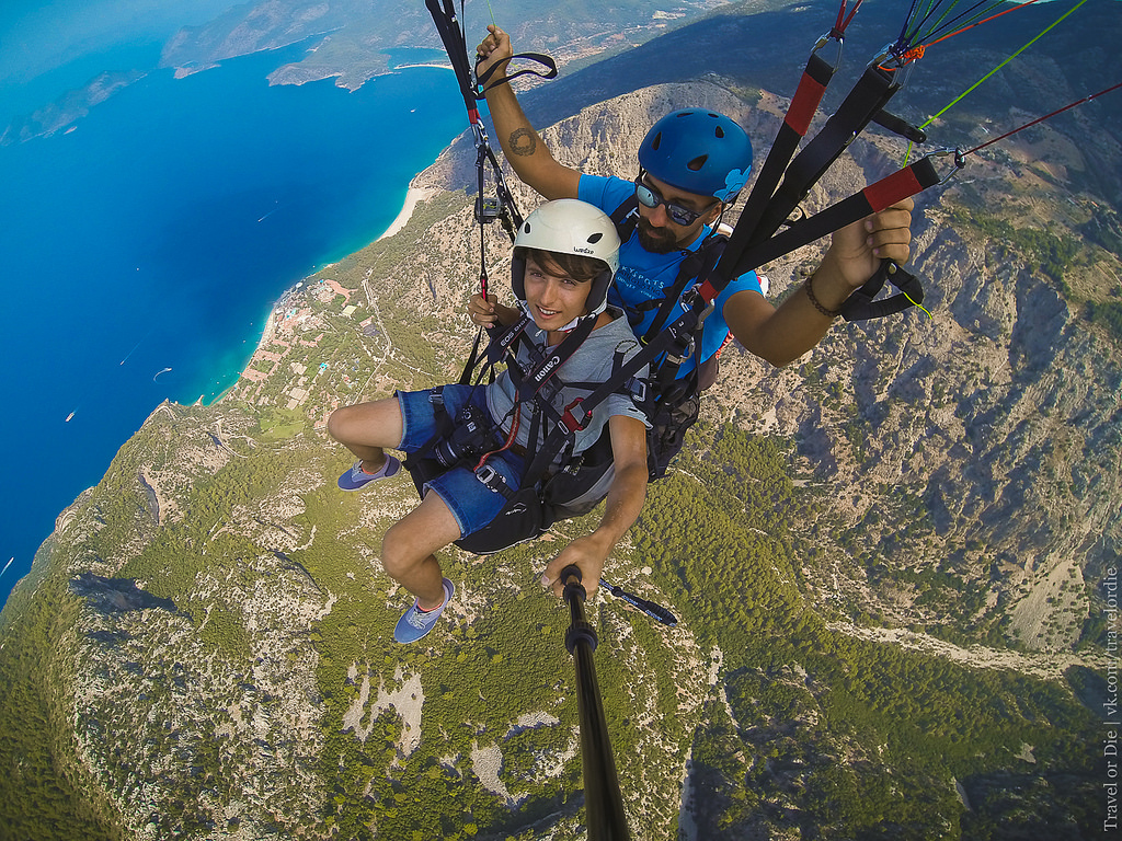Paragliding in Oludeniz. Extreme available to everyone 34