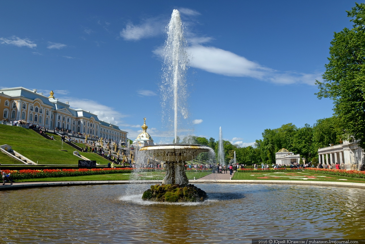 Peterhof. Little water. Many colors 03