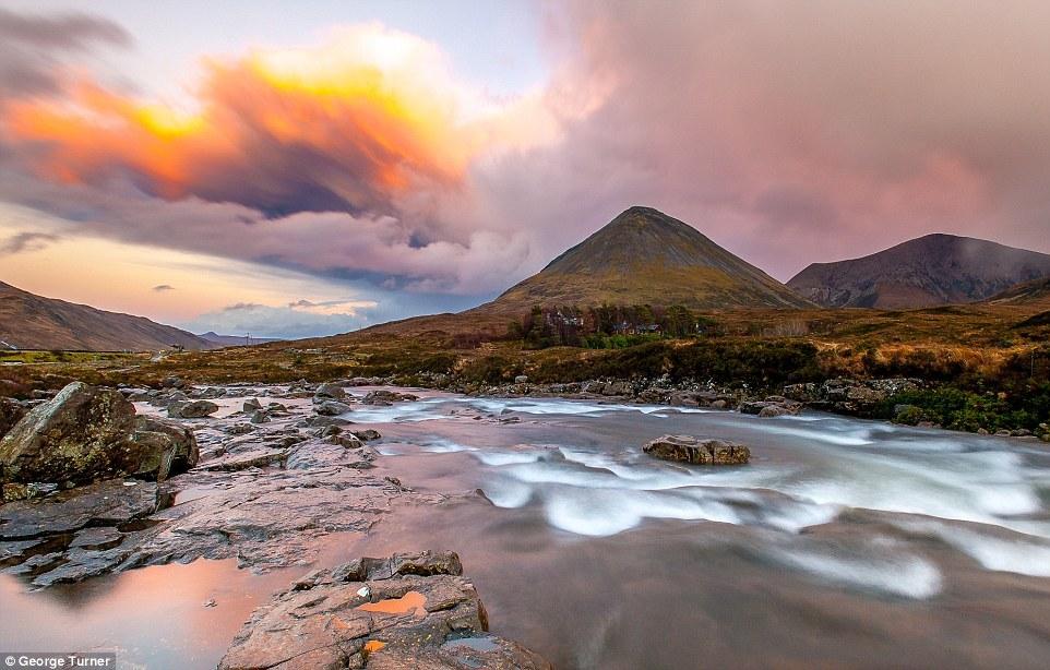 Picturesque scenery of Scotland 09
