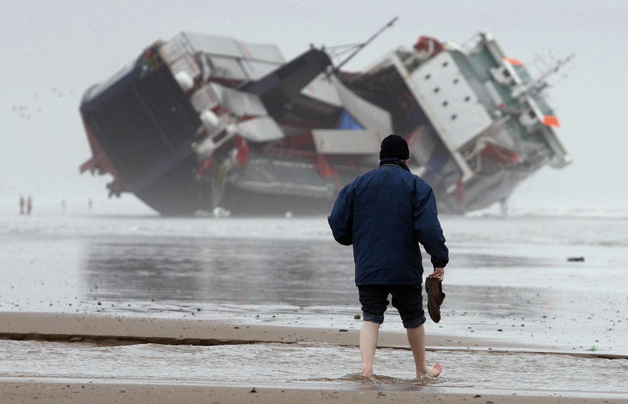 Stranded Ships 04