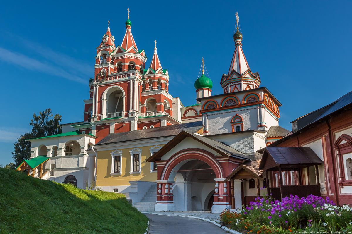 The Savvino-Storozhevsky monastery 04