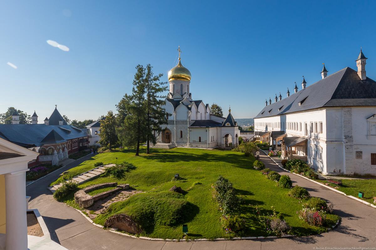 The Savvino-Storozhevsky monastery 05
