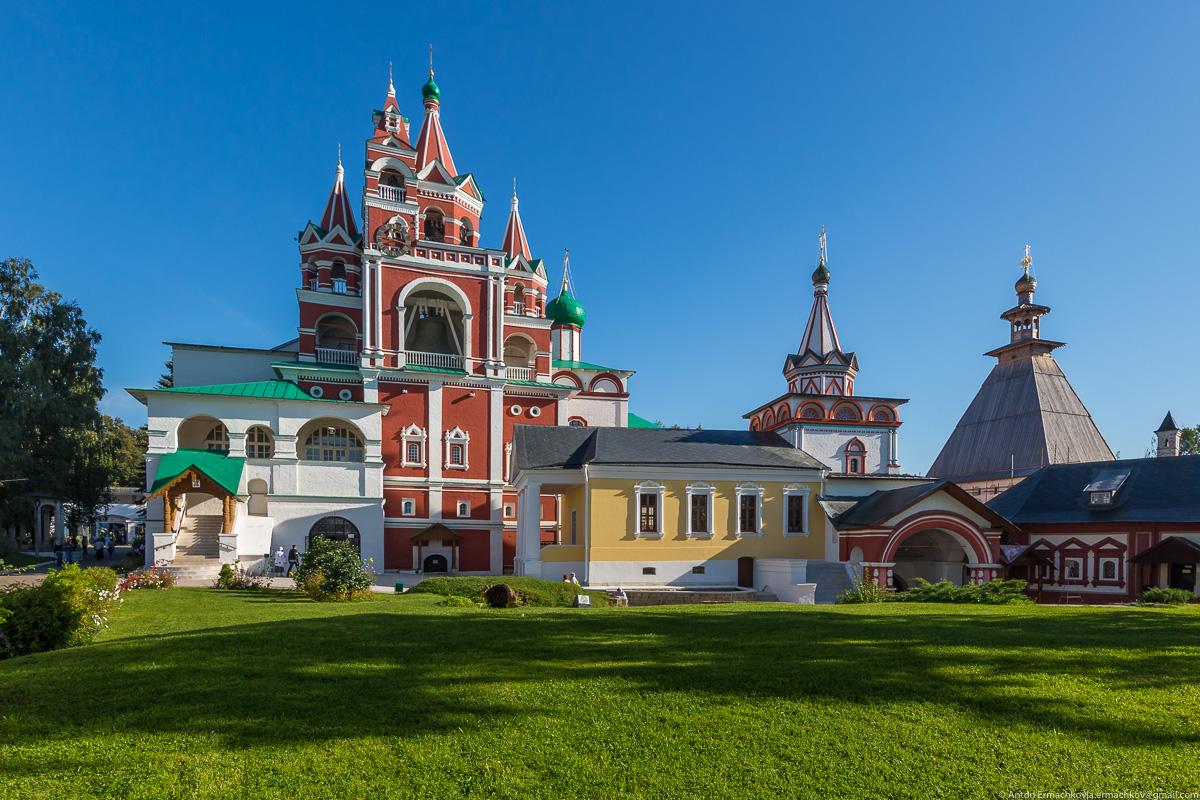 The Savvino-Storozhevsky monastery 06