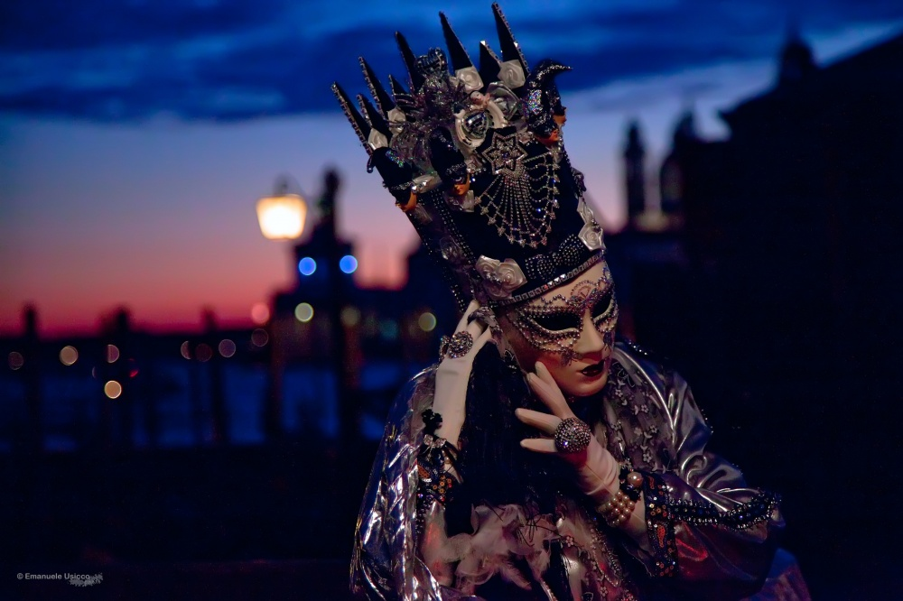 The magical atmosphere of the Venetian carnival 06