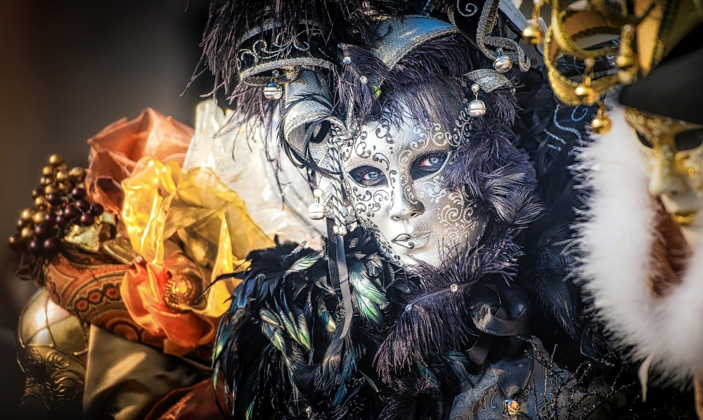 The magical atmosphere of the Venetian carnival 07