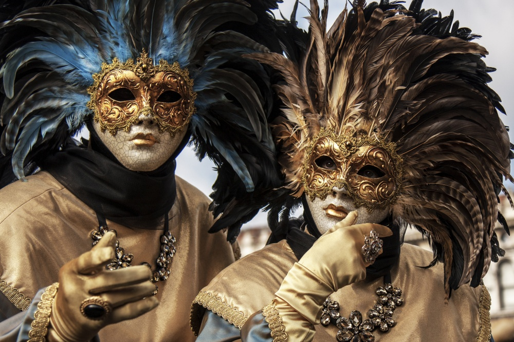 The magical atmosphere of the Venetian carnival 19