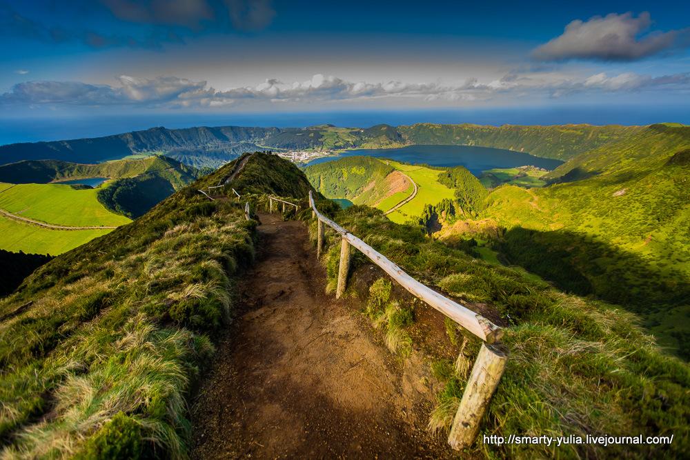 Azores-SeteCidades-Mosteiros-001