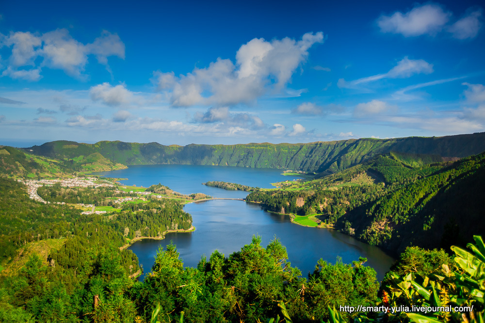 Azores-SeteCidades-Mosteiros-002