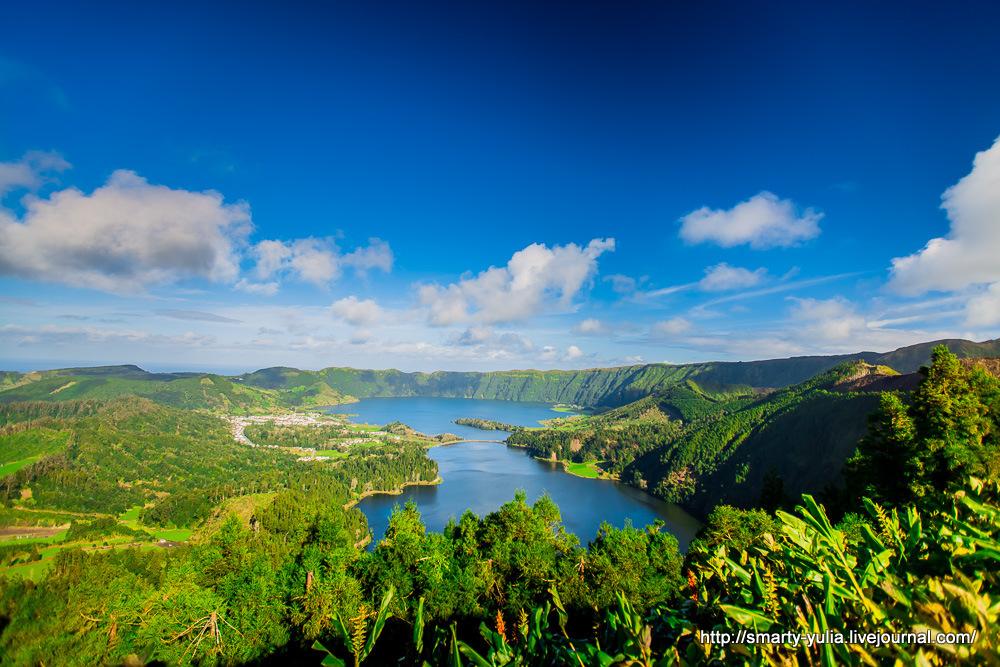 Azores-SeteCidades-Mosteiros-003