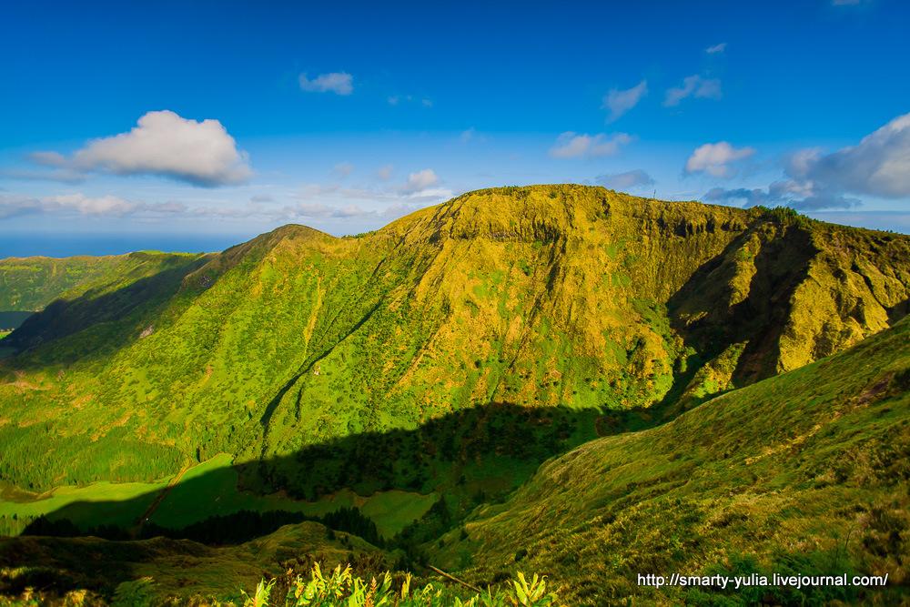 Azores-SeteCidades-Mosteiros-014